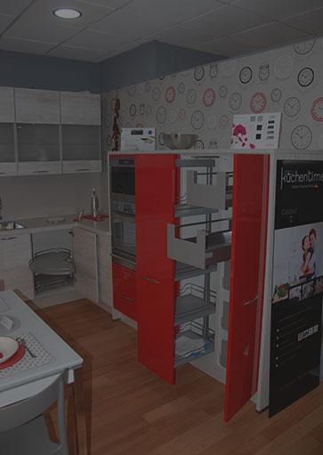 muebles de cocina rojos exposición sanvi
