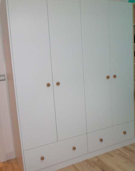 armario a medida blanco con cajones