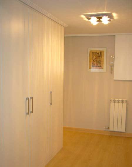 puerta de armario lacada blanca
