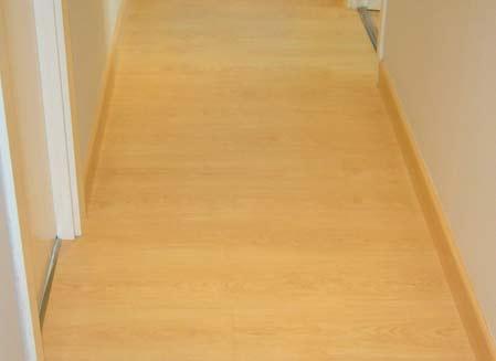 suelo de madera entrada pasillo